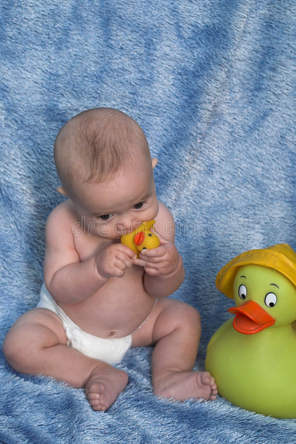 Download Baby And Ducks Royalty Free Stock Images - Image: 2020949