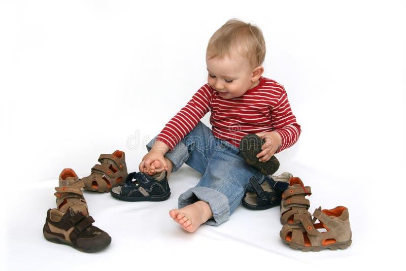 Baby en schoenen royalty-vrije stock fotografie