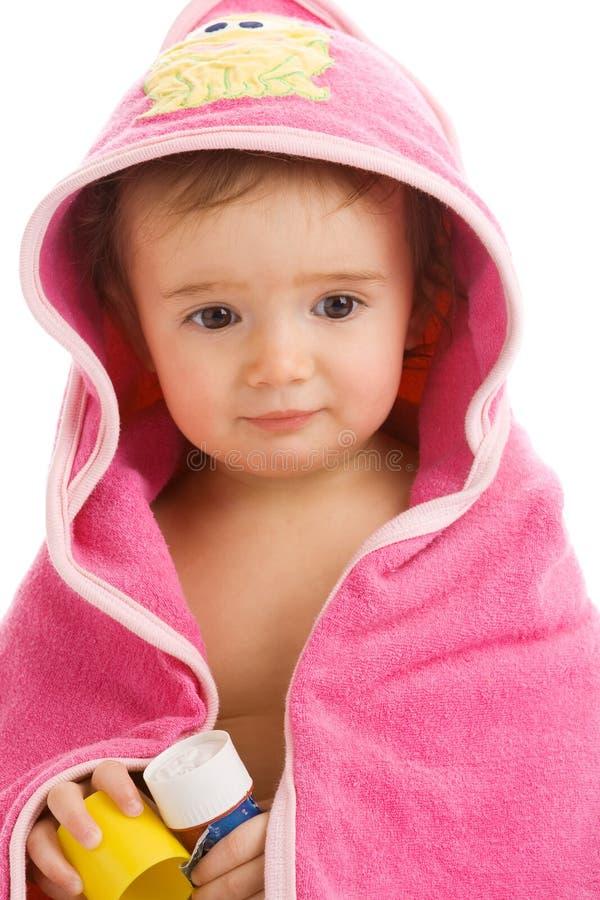 Baby in handdoek royalty-vrije stock afbeeldingen