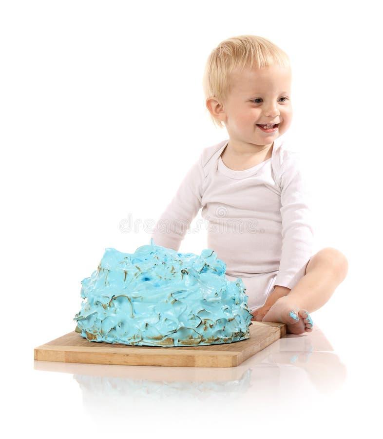 Baby het breken cake royalty-vrije stock afbeeldingen