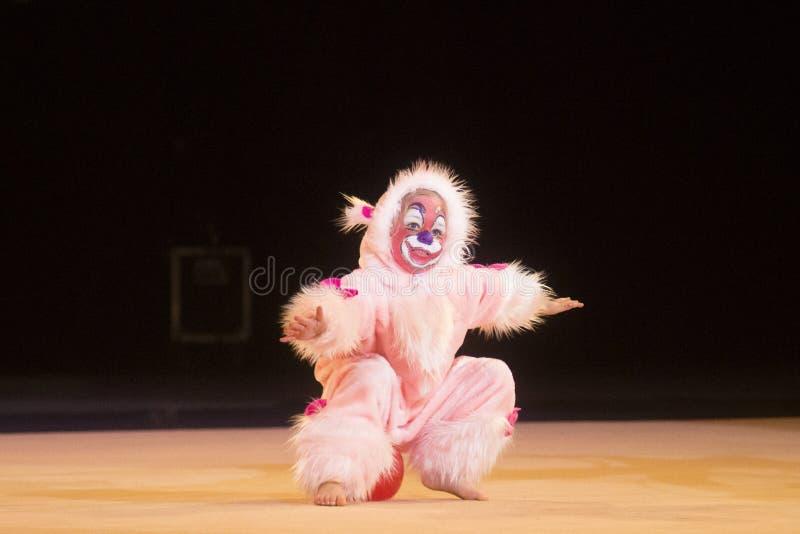 Baby-kop 2013 rhythmicswedstrijd in Minsk, Wit-Rusland stock fotografie