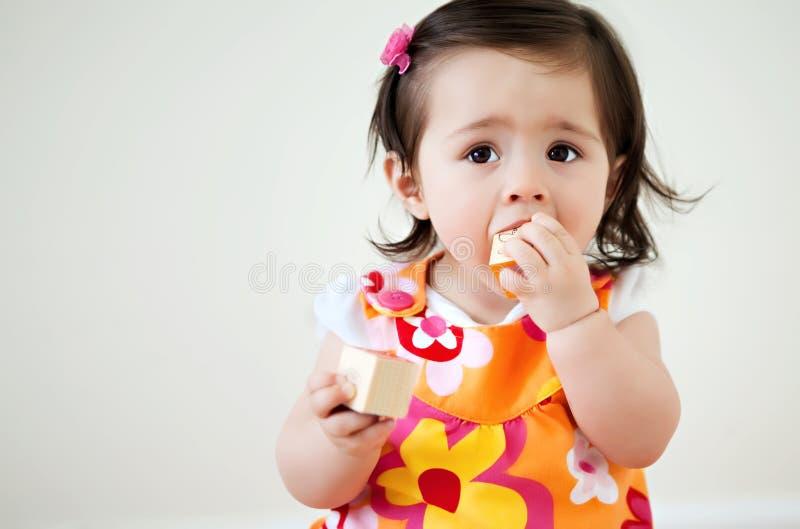 Baby met Blokken stock afbeeldingen