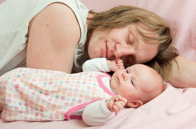 Baby met vader royalty-vrije stock foto