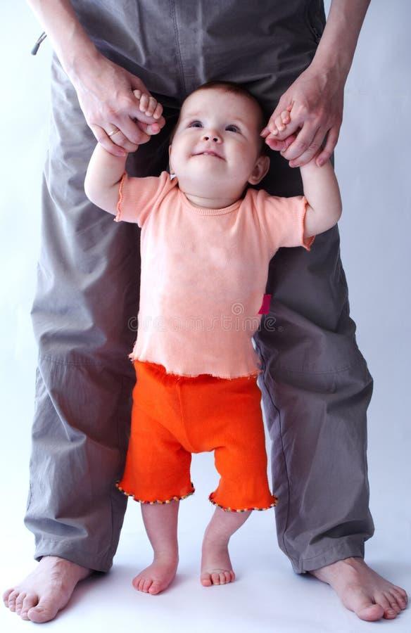 Baby over wit stock afbeeldingen