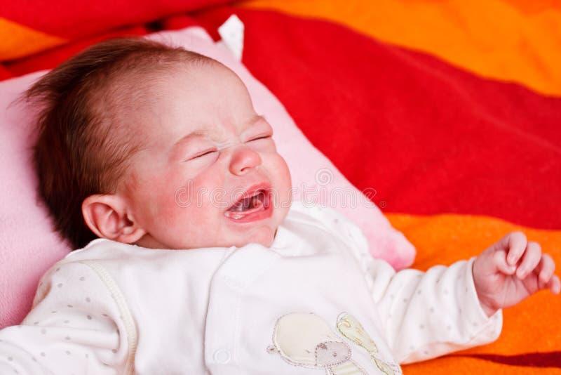 Baby und Schreien lizenzfreie stockfotografie