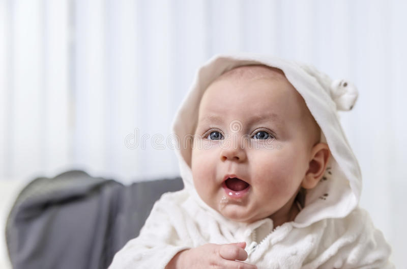 Children Mouth Open Stock Photos - Download 3,481 Royalty ...