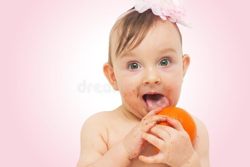 Babyessen lizenzfreie stockfotos