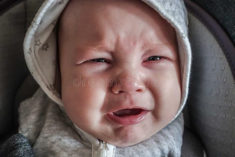 Babyjongen het schreeuwen royalty-vrije stock foto