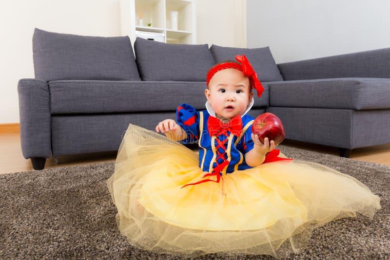 Babymeisje met partijvulling stock afbeelding