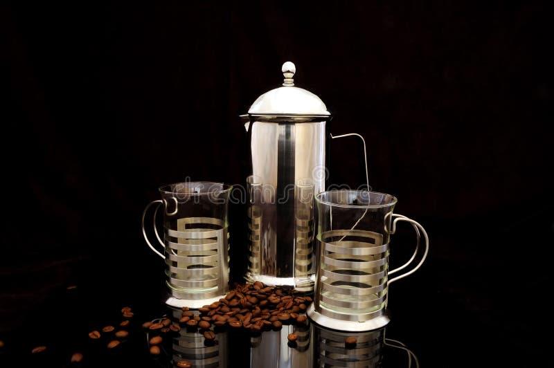 Bac et cuvettes de café images stock