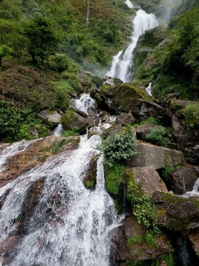 Bac van Thac waterval in Sapa, Vietnam stock fotografie