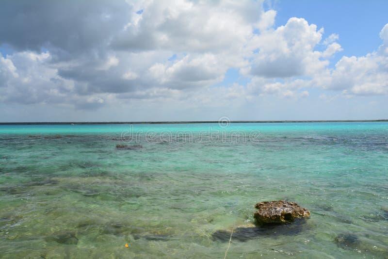 Bacalarlagune in Quintana Roo Mexico royalty-vrije stock foto's