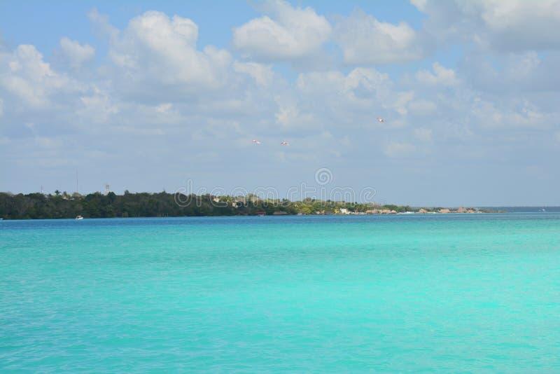 Bacalarlagune in Quintana Roo Mexico stock afbeelding