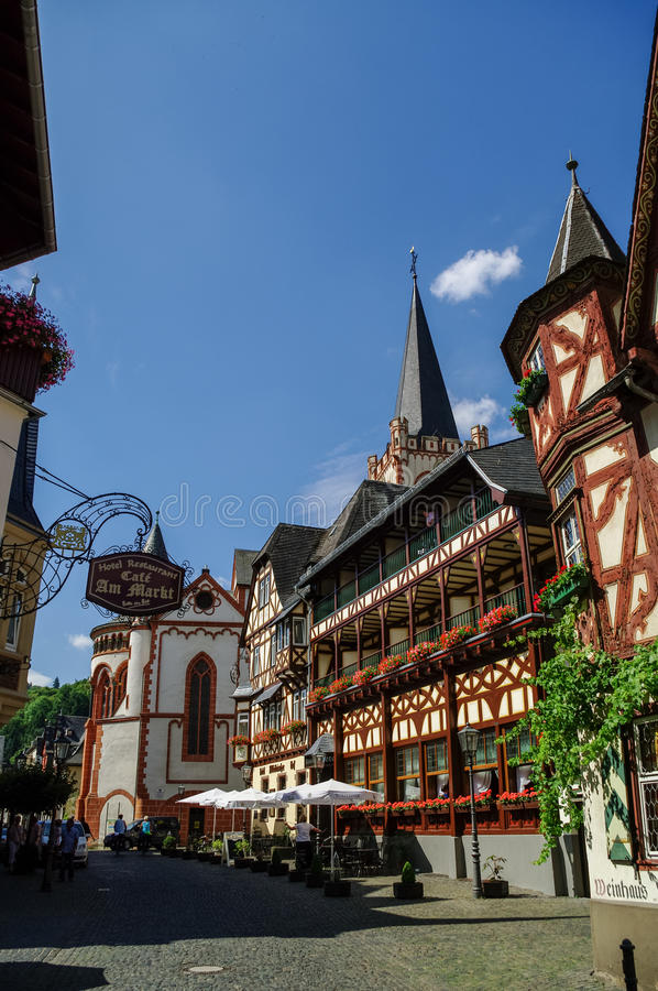 Bacharach, Γερμανία - 9 Ιουλίου 2011: Μεσαιωνικό χωριό Bacharach Τ στοκ εικόνες
