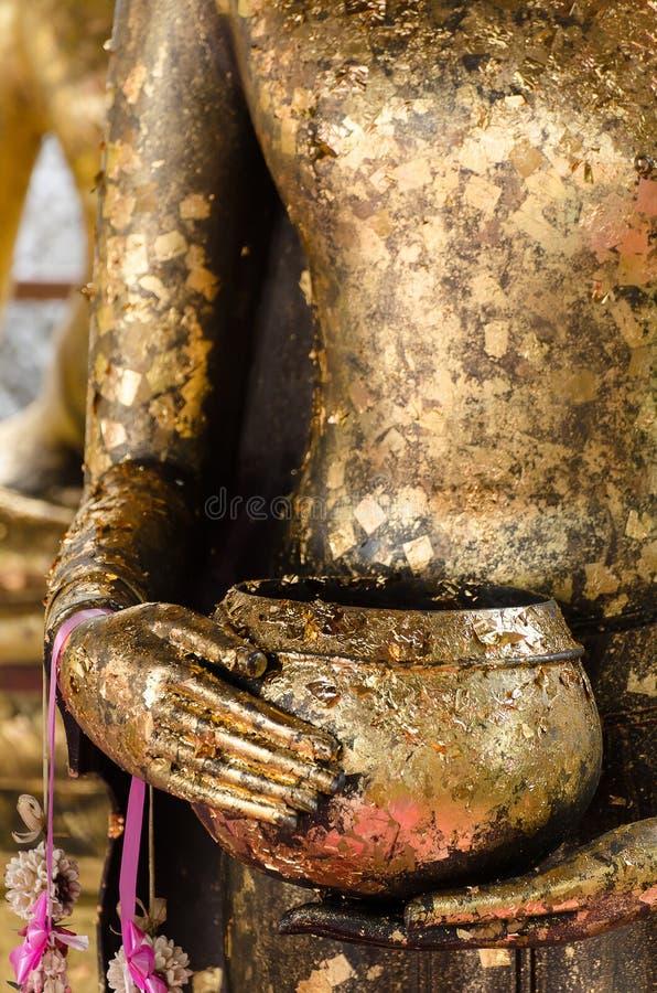 Bacia da esmola da Buda imagem de stock