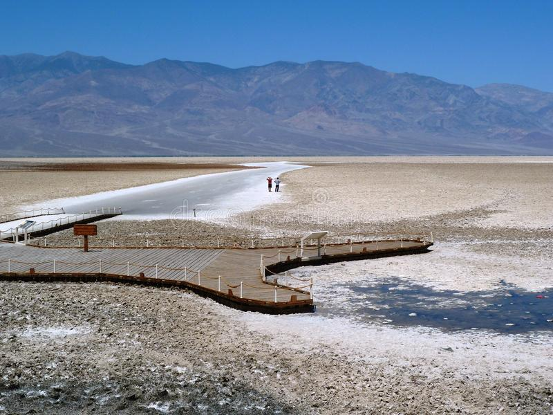 Bacia de Badwater, o Vale da Morte foto de stock royalty free