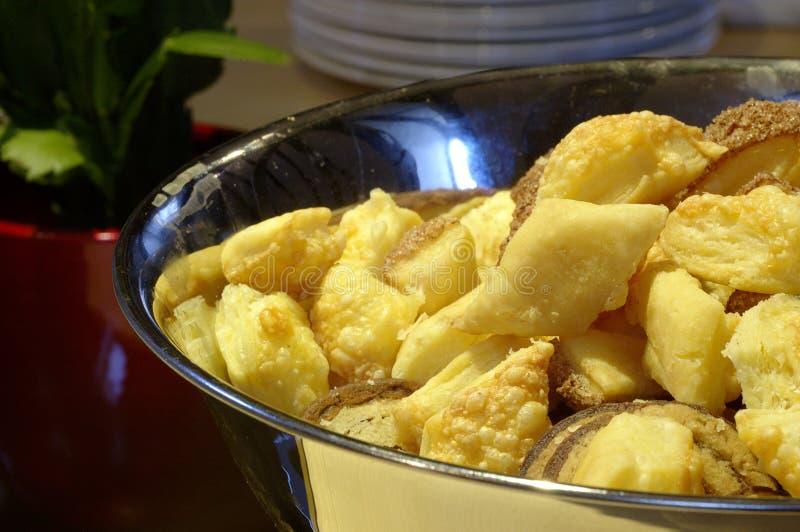 Download Bacia de biscoitos foto de stock. Imagem de flaky, scones - 63262