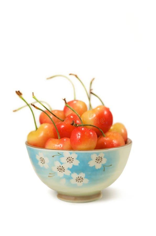 Bacia de cerejas fotografia de stock