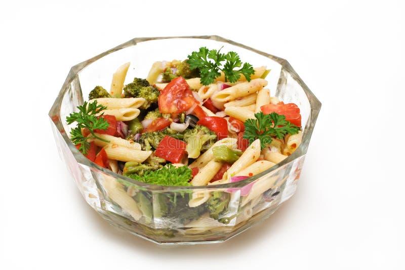 Bacia de salada da massa fotos de stock royalty free