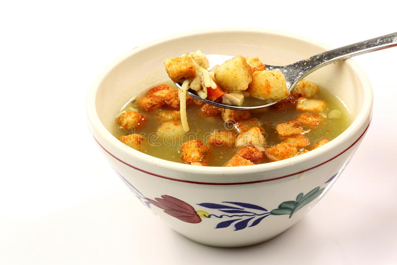 Bacia de sopa de galinha quente imagens de stock royalty free