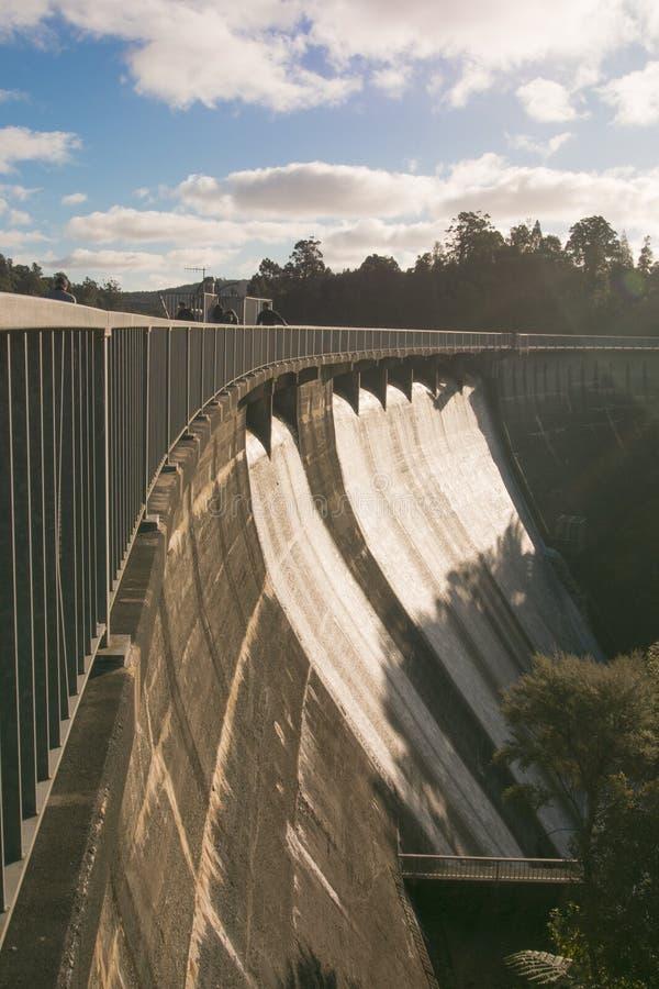 Bacino idrico superiore nelle gamme di Waitakere, Auckland, Nuova Zelanda di Nihotupu immagini stock libere da diritti