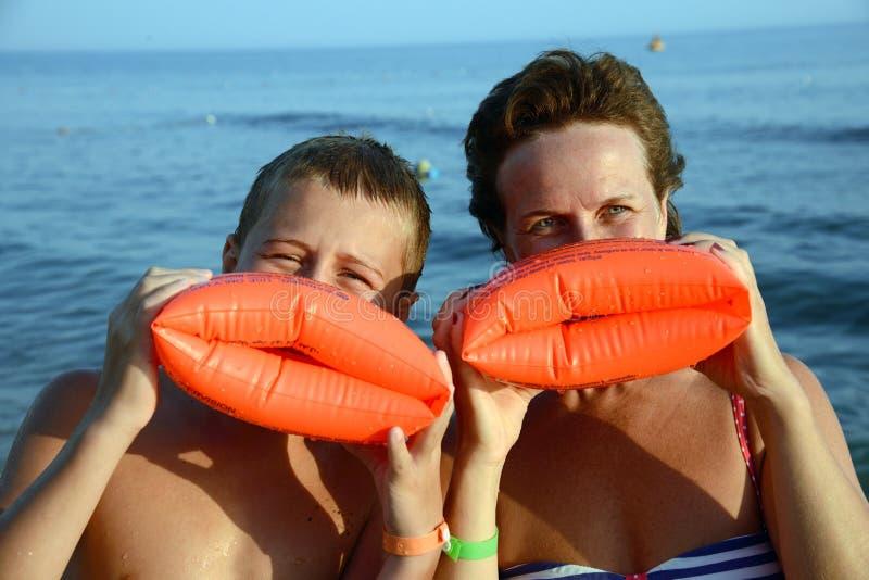 Bacio dalla spiaggia fotografia stock