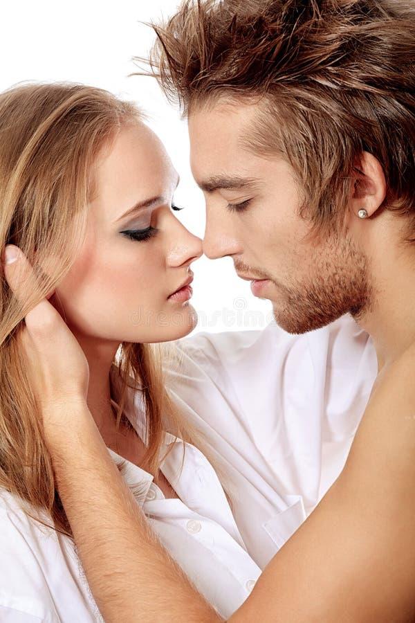 Bacio di amore immagini stock