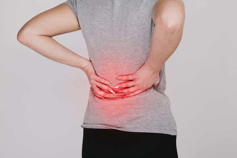 backache Concepto de los problemas del riñón lumbago fotografía de archivo libre de regalías