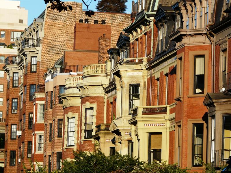 Download Backbay波士顿房子 库存照片. 图片 包括有 环境美化, 拱道, 殖民地, 重婚, 前面, 五颜六色 - 18766586
