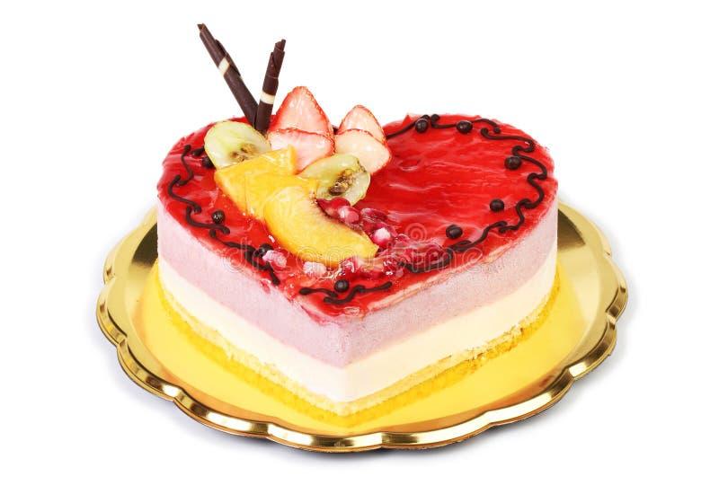 Backen Sie Herz geformten Erdbeereis, auf weißem backgr zusammen stockbild