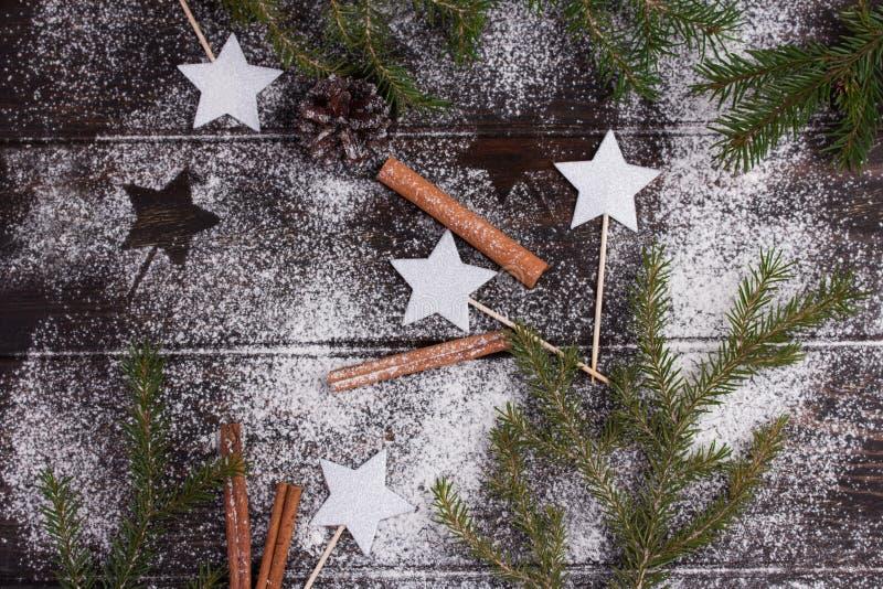 Backender Hintergrund der kreativen Winterweihnachtszeit Nahrungsmittel stockbilder