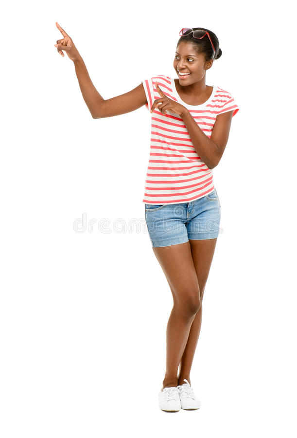 Backgroun afroamericano hermoso del blanco del modelo de moda del primer fotos de archivo libres de regalías