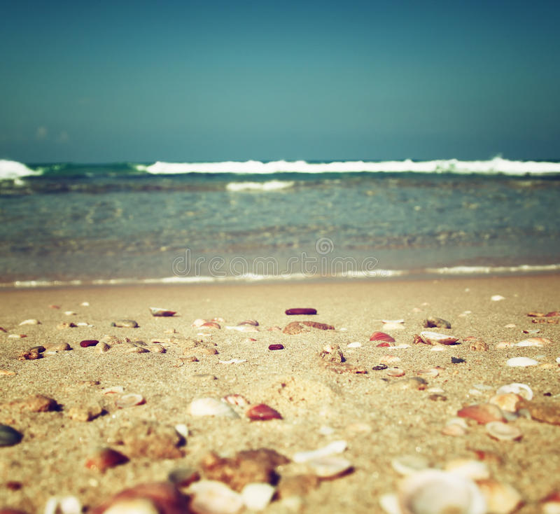 Background Of Blurred Beach And Sea Waves With Bokeh: Background Of Blurred Beach And Sea Waves, Vintage Filter