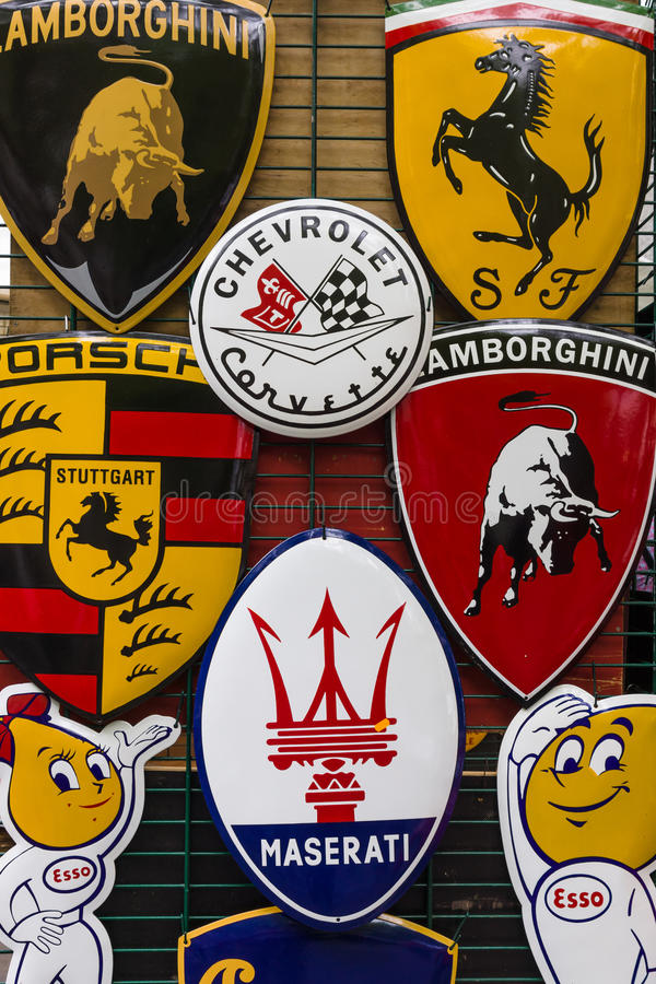 Background Of Various Emblems Of Various Car Brands Producing - Sports cars brands