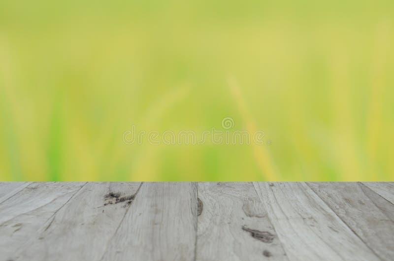 Backgruond drewno na niebieskim niebie fotografia stock