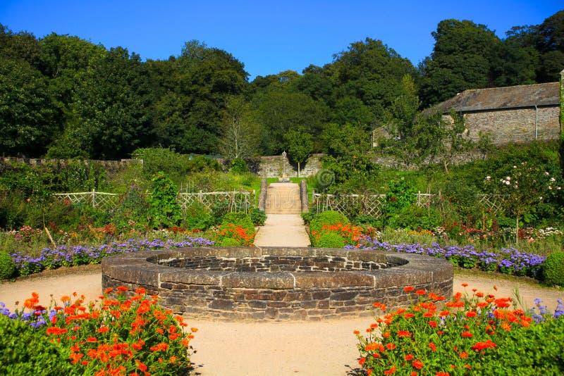Backlandabbotskloster arbeta i trädgården dartmoor royaltyfri bild