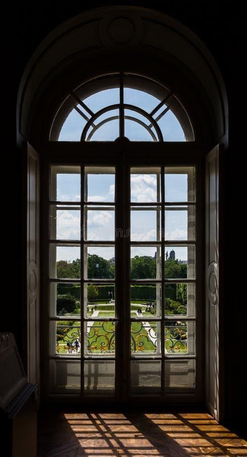 Backlit venster stock foto's