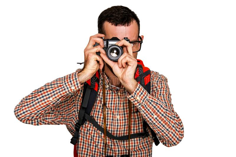 Backpacker человека туристский на отключении принимая фото стоковое фото