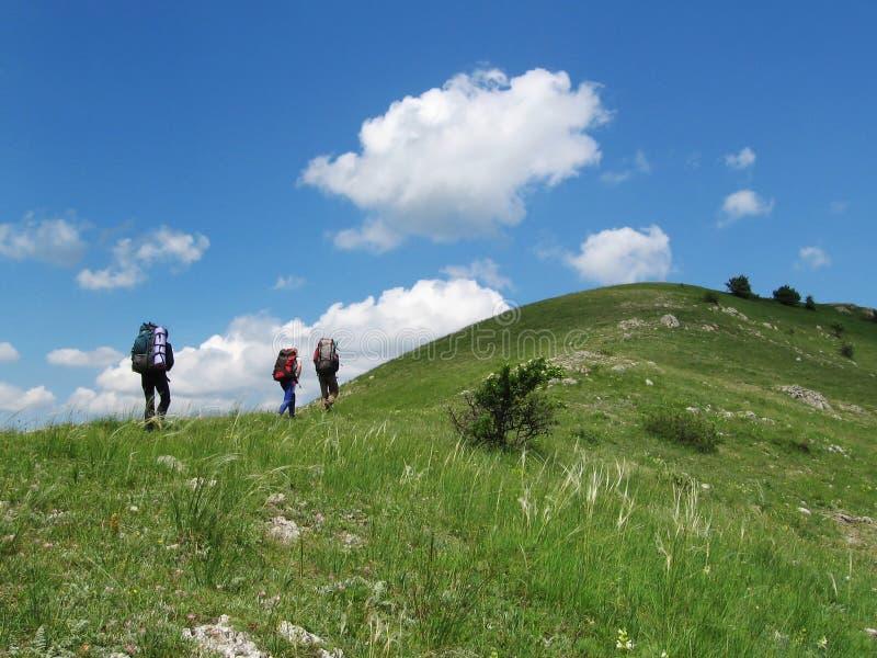 Backpacking di estate fotografie stock libere da diritti