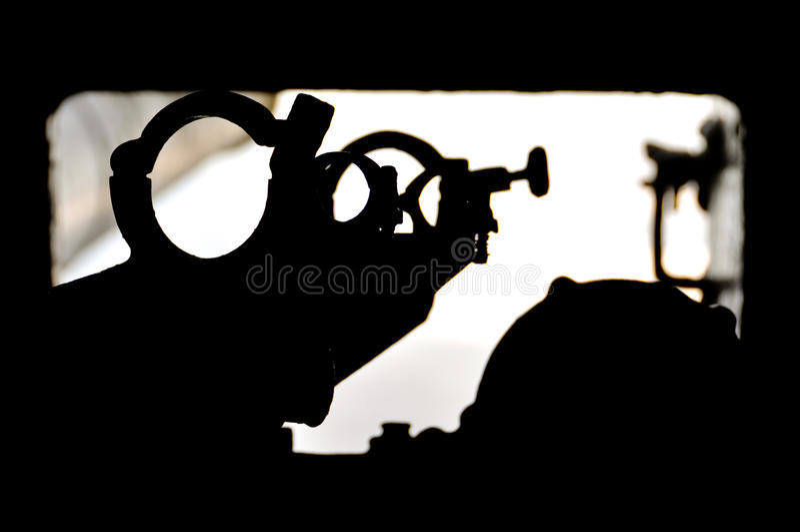 Backsight del cannone immagine stock