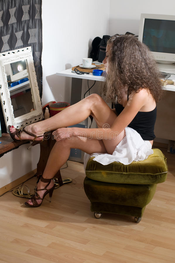Backstage, Put On Shoes Royalty Free Stock Photography