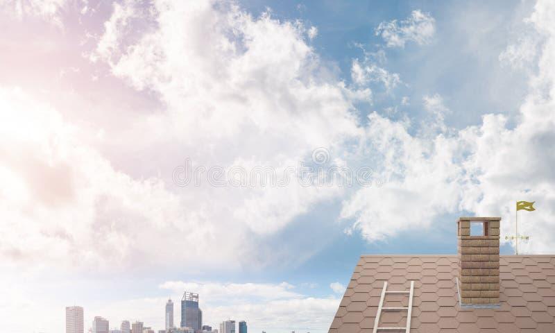 Backsteinhausdach und modernes Stadtbild am Hintergrund lizenzfreies stockfoto