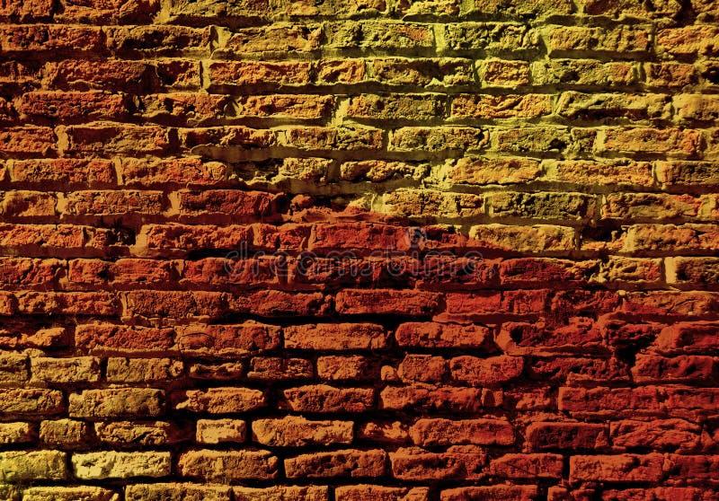 Backsteinmauer mit buntem Muster vektor abbildung