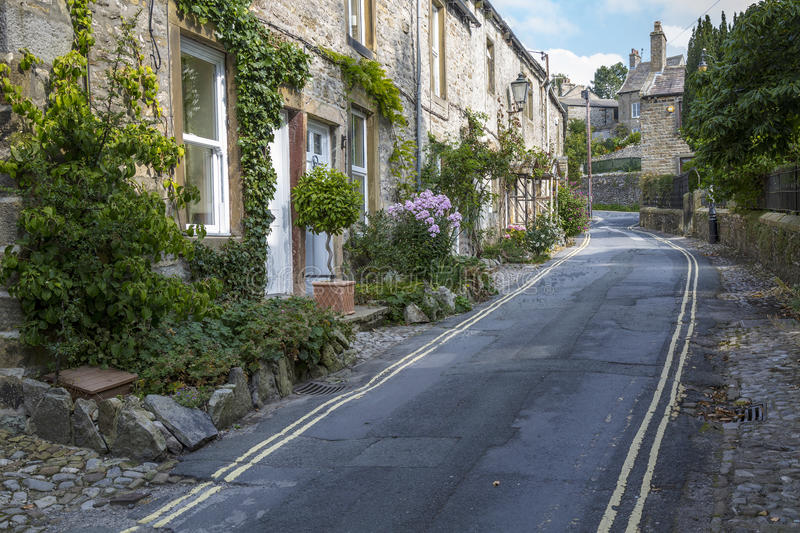 Backstreet em Grassington em Yorkshire, Inglaterra foto de stock