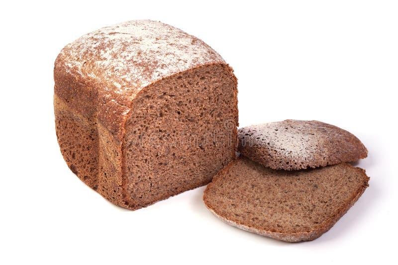 Backte frisch das selbst gemachte Brot, lokalisiert auf wei?em Hintergrund stockfotografie
