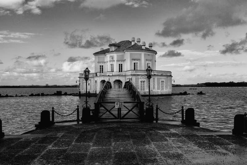 Bacoli - Casina Vanvitelliana imagenes de archivo