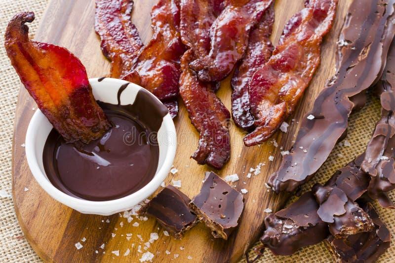Bacon com cobertura em chocolate fotografia de stock