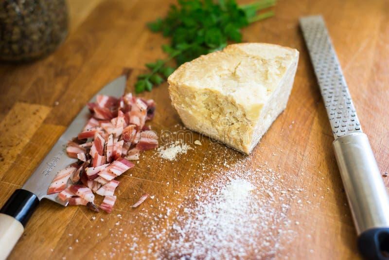 Bacon och ost royaltyfri foto