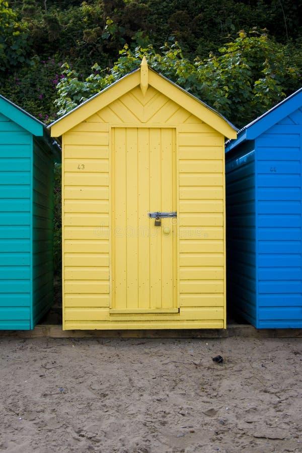 baczność na plaży żółty obrazy stock