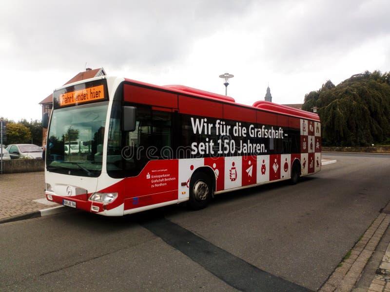 BAD-BENTHEIM, basse-saxe, Allemagne - 12 JUILLET 2019 : Autobus de transit public de VGB ayant une coupure à la gare routière de  images libres de droits